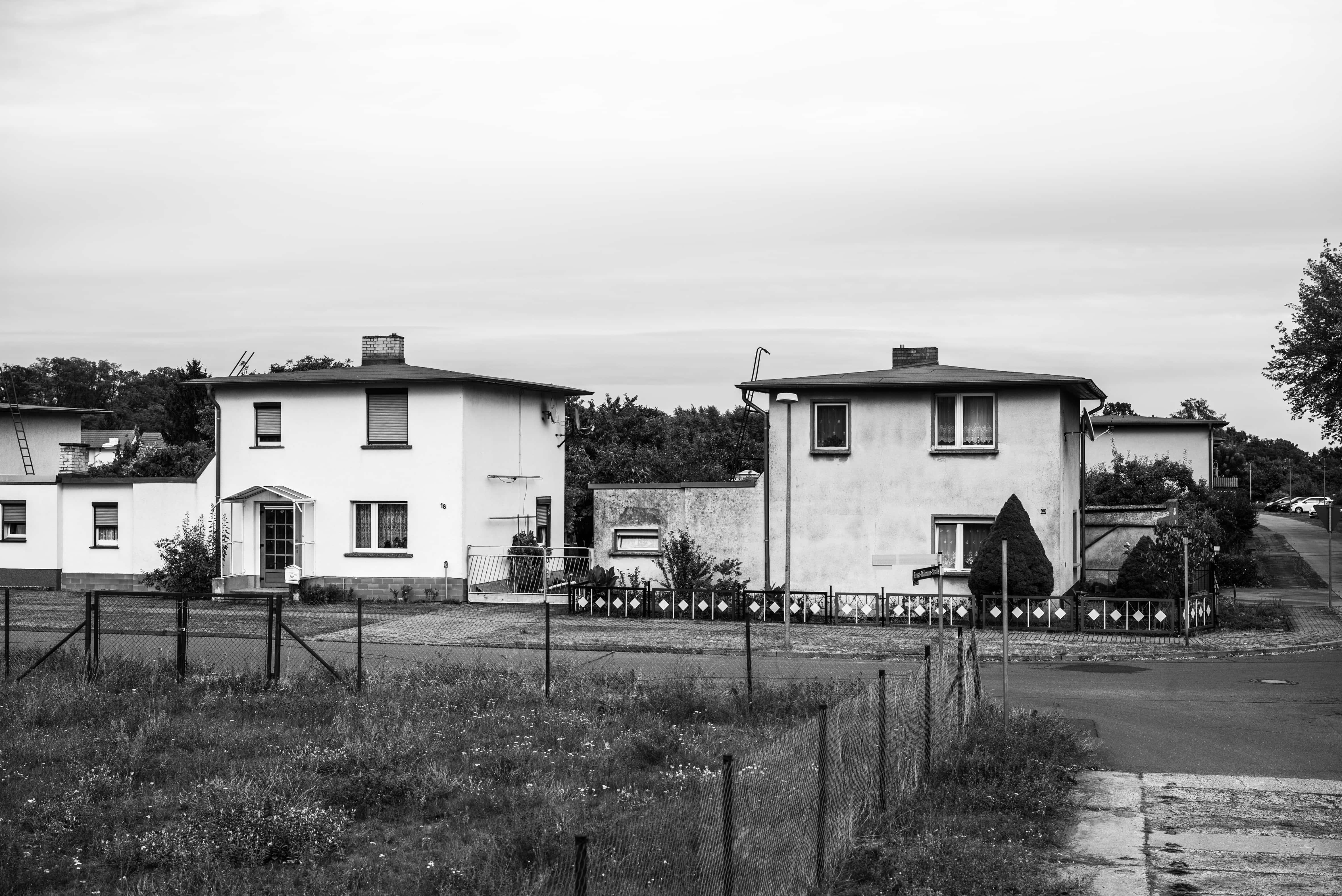 Kraftwerkssiedlung mit Pyramidendächer in Brieskow-Finkenheerd