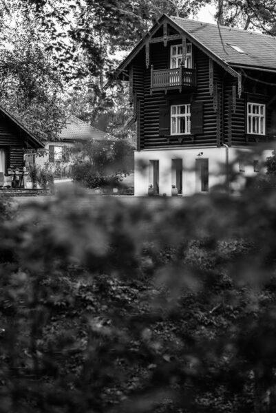 """Blick auf die Rückseite der """"Villa Putti"""", ehemals Maxim-Gorki-Gedenkstätte"""