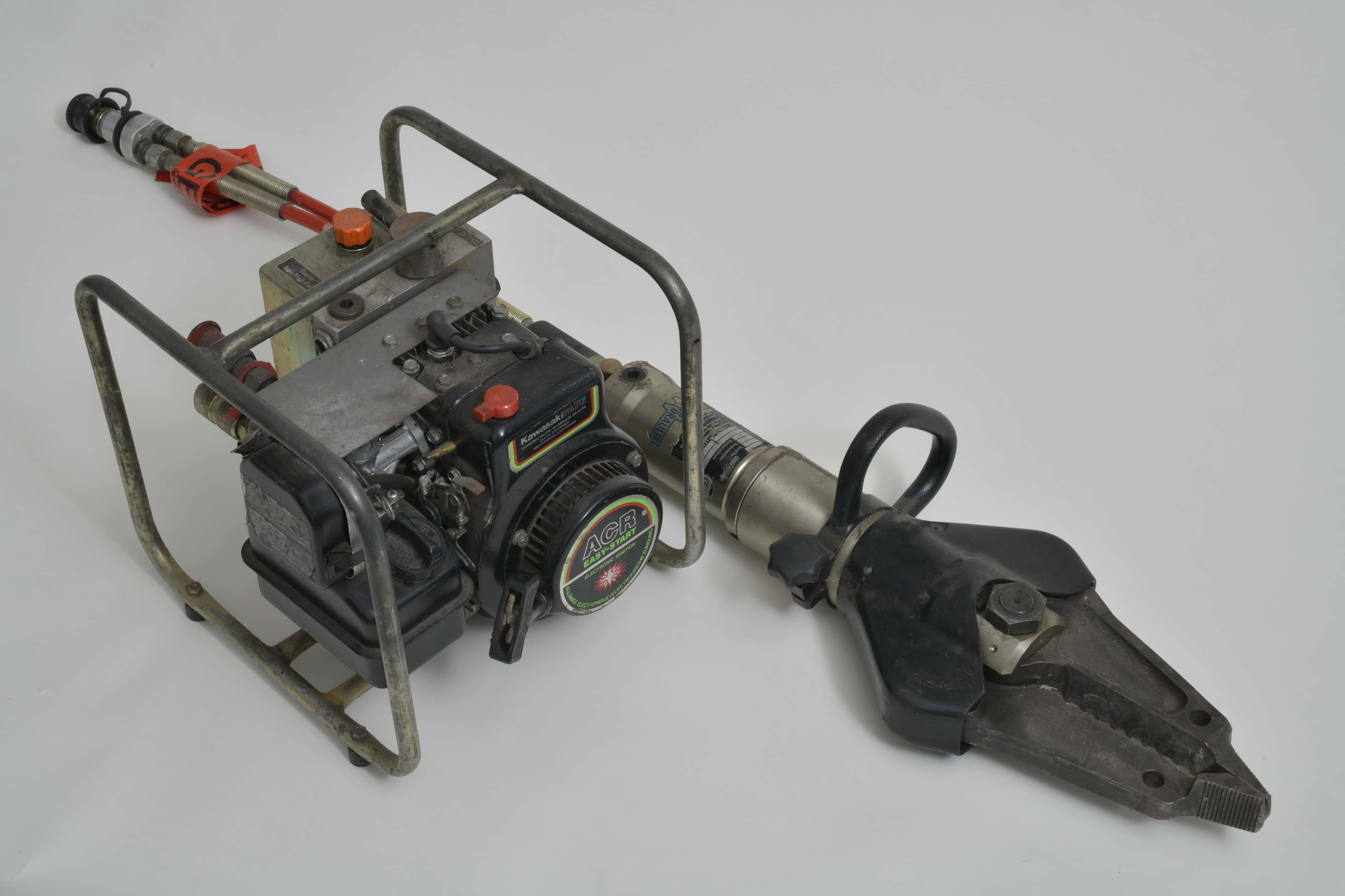 Hydraulischer Rettungsspreizer mit Motorpumpe
