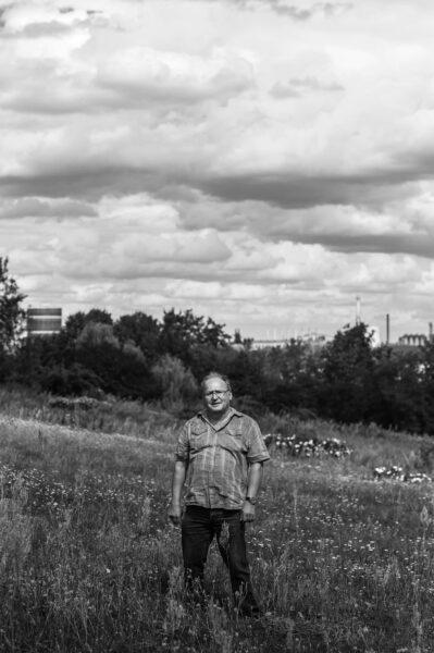 Fred Gillmeister vom Foto-Zirkel Eisenhüttenstadt auf den Diehloer Höhen